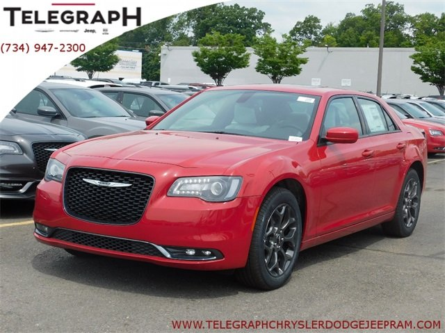 New 2018 CHRYSLER 300 300S